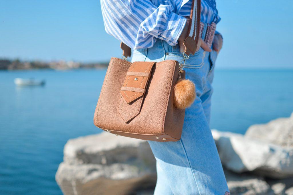 お気に入りのバッグ、色ハゲが気になるなら?